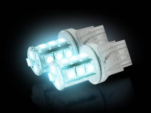 Recon Truck Accessories - 264220WH | 360 Degree Ultra High Power 3-Watt SMD 18 LED Bulb White - Image 1