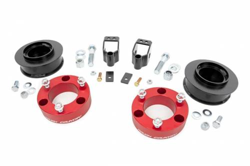 Suspension - Suspension Lift Kits - Rough Country Suspension - 762RED | 3 Inch Toyota Suspension lift Kit (with X-REAS)