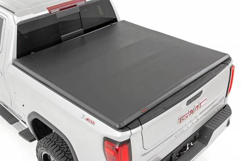 Exterior - Bed / Tonnea Covers - Rough Country Suspension - 44308650 | GM Soft Tri-Fold Bed Cover | 6ft 6in Bed